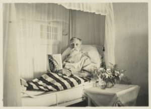 Three times lucky Illustration 3 G.F.J. Bley in the Red Cross Hospital in Buitenzorg in 1939